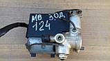 Блок управления ABS Mercedes Benz 124 3.0d  Bosch 0 265 200 043, фото 2