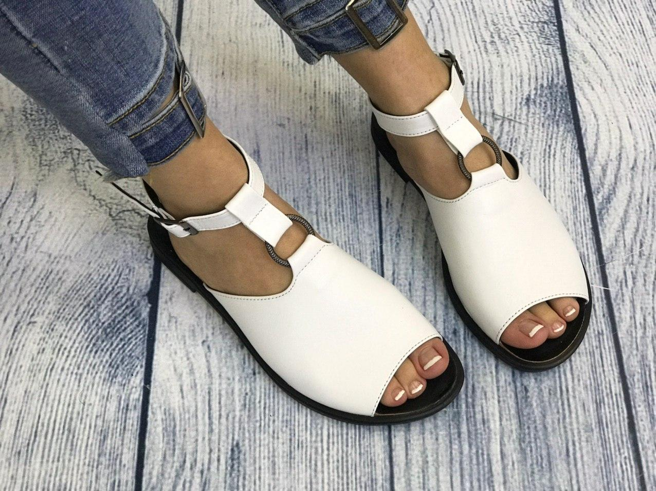 Белые кожаные босоножки сандалии 1 см каблук, кожа или замша пошив с рюшечкой размеры 36-41