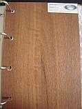 Межкомнатная дверь  Волна ПВХ DeLuxe со стеклом сатин  и цветным рисунком, цвет золотая ольха, фото 2