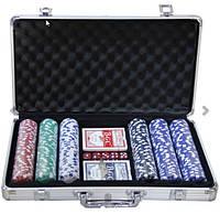 Покерный набор на 300 фишек.