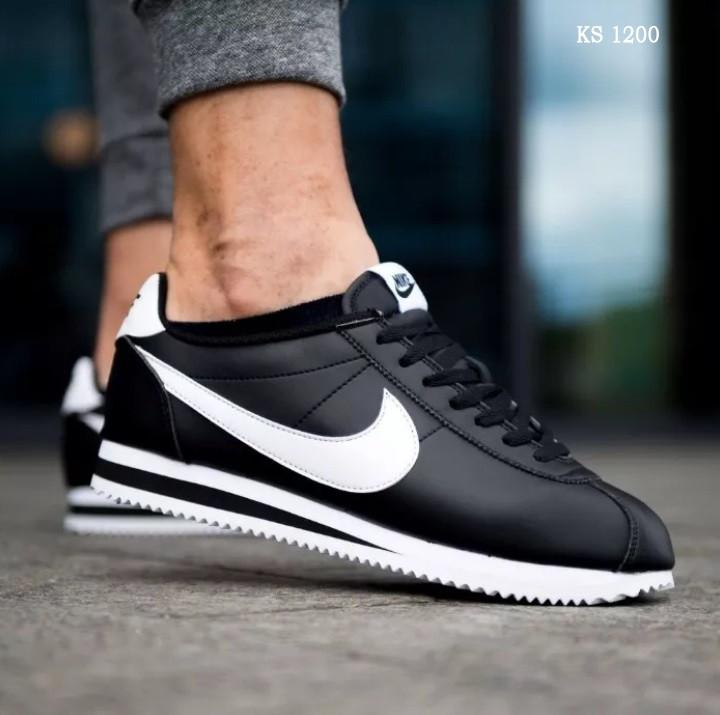Чоловічі кросівки Nike Cortez (чорно/білі)