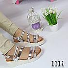 Женские сандалии на удобной плоской подошве