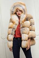 Кожушок з лисиці аукціон Saga Furs з капюшоном