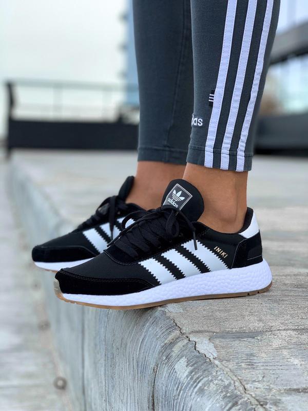 Женские кроссовки Adidas Iniki в стиле адидас иники ЧЕРНЫЕ (Реплика ААА+)
