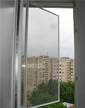 Наружная антимоскитная сетка на окна (на петлях) Коричневая