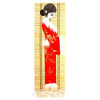 """Бамбуковое панно с вышивкой 5 """"Китаяночка в красном"""""""