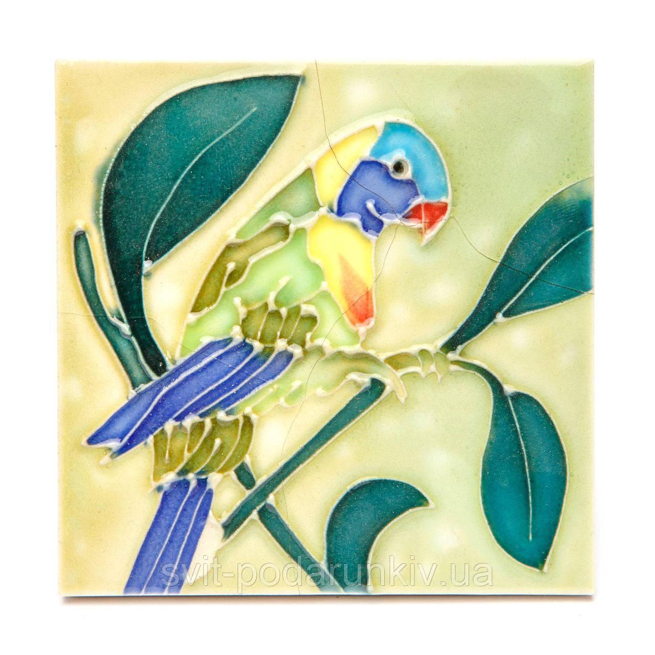 """Картина на керамической плитке №1-7 квадратная """"Зеленый попугай"""""""