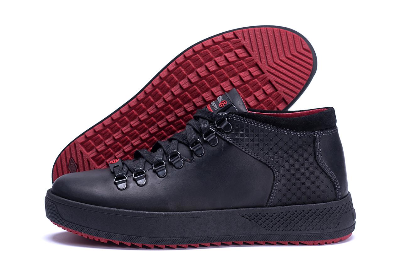 Мужские ботинки черного цвета на шнуровке из натуральной кожи