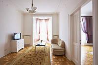 Посуточная аренда квартиры во Львове (ул. Валовая)