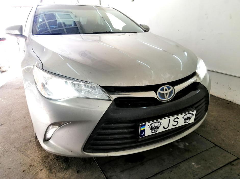 Установка ксенона Toyota Camry 55
