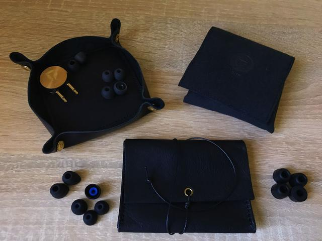Рисунок - Dita Brass Limited Edition комплект поставки