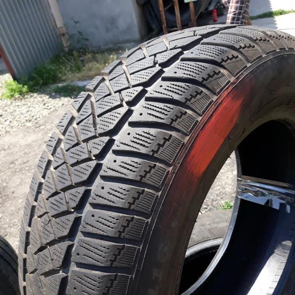 Почти Новые! Шины б.у. 215.65.r16с Dunlop SP LT60-6 Данлоп. Резина бу для микроавтобусов. Автошина усиленная. Цешка