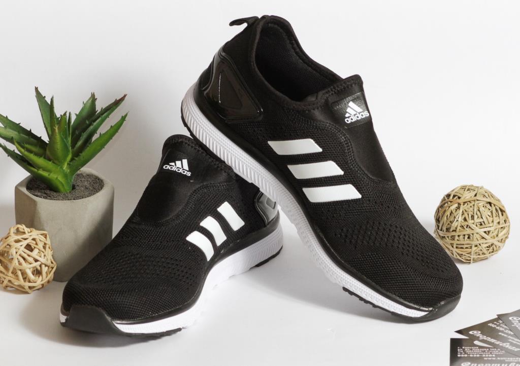 0399 Кроссовки Adidas легкие, черного цвета. 45 размер - 28 см по стельке
