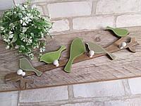 Ключниця з дерева на 4 відкритих крючка, розмір 48х12 см, 220 грн