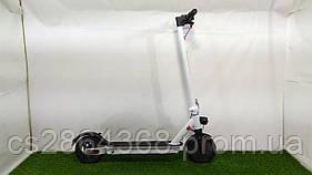 Электросамокат с надувными колесами Crosser Е9 (7,5 АН с ААР и нижней подсветкой)