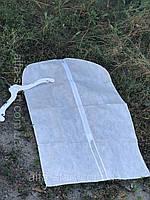 Білий флізеліновий чохол 60/140см з прозорою стороною для зберігання речей на плічках