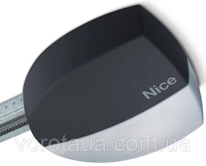 Комплект Автоматики SPIN22BD для секционных ворот  площадью до 10,5 м2 и высотой до 3,4 м