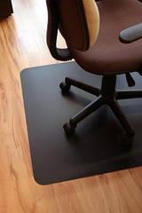 Защитная напольная черная подкладка под кресло Maximat полипропилен 70*100 см
