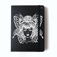 Скетчбук с черными и бежевыми страницами Girl