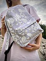 Рюкзак непромокаемый городской женский среднего размера серый с принтом