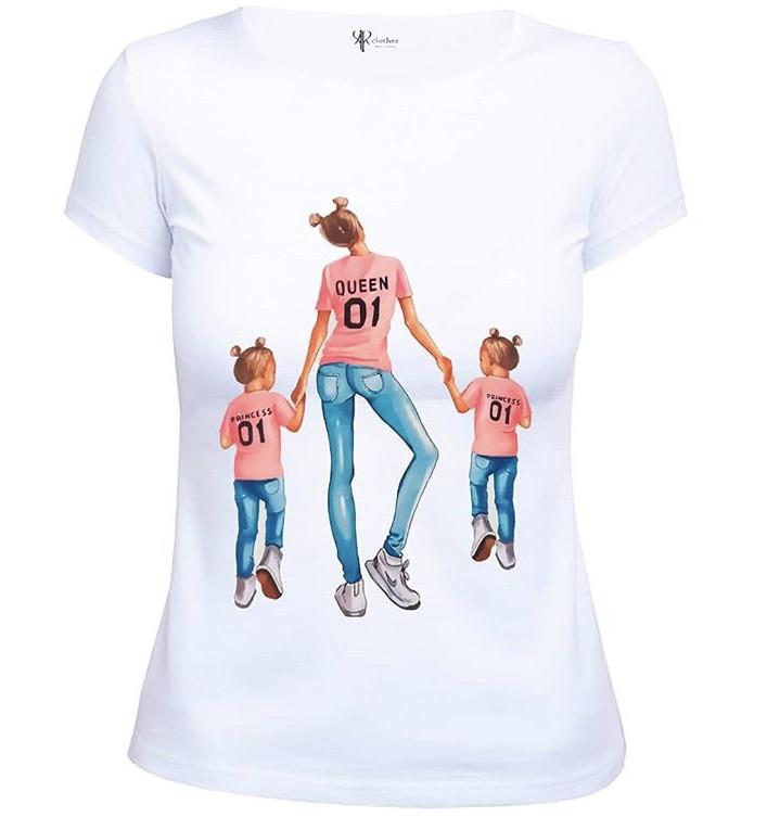 """Модная женская футболка с принтом """"Мама и две дочки"""""""