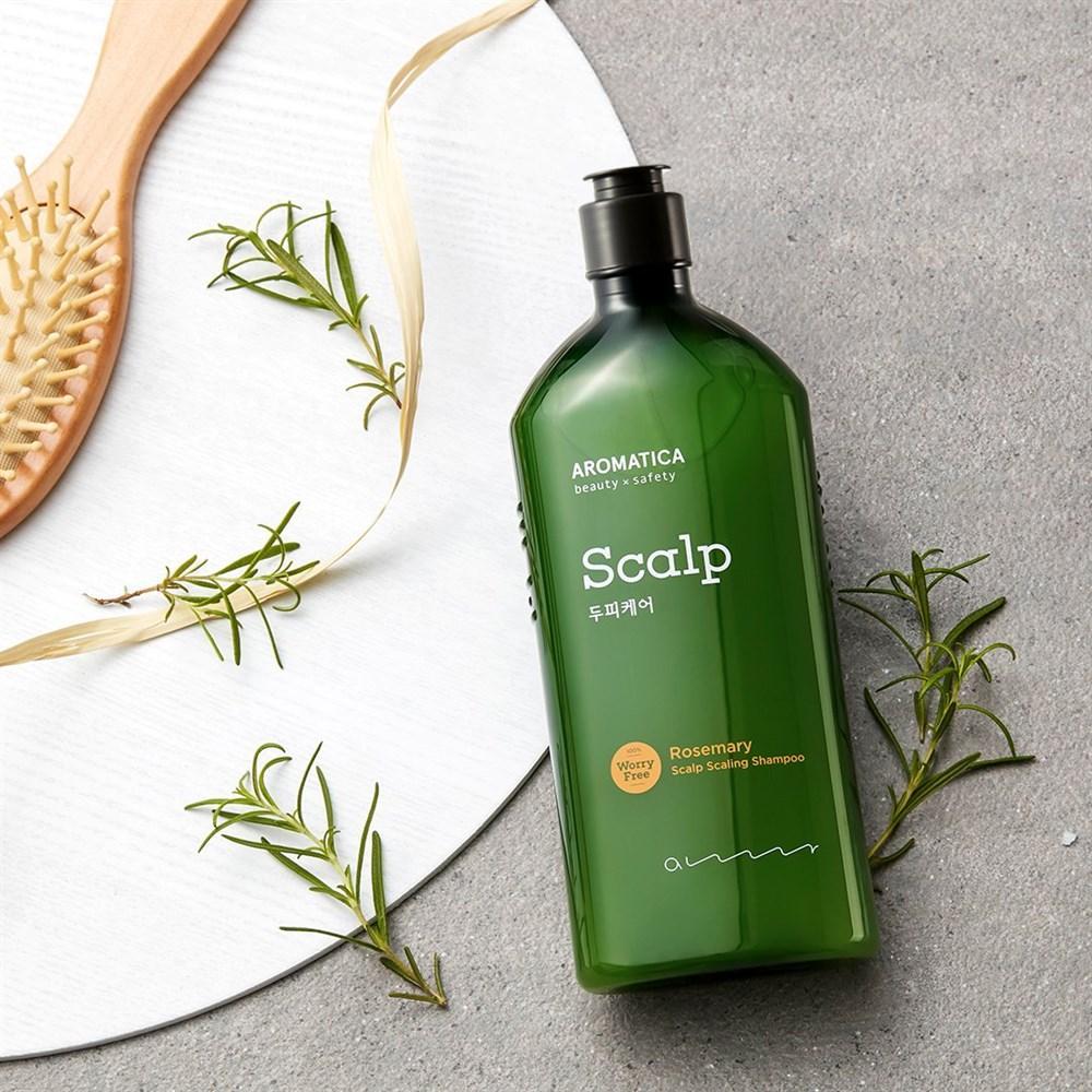 Освежающий и укрепляющий шампунь для волос с розмарином  AROMATICA Rosemary Scalp Scaling Shampoo, 400 мл