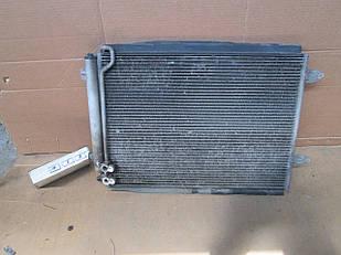 №15 Б/у радиатор кондиционера VW Passat B6 2005-2010
