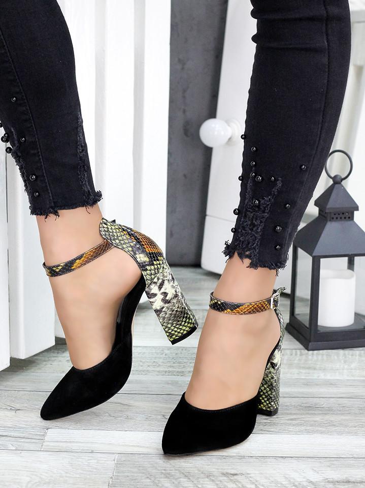 Жіночі замшеві туфлі рептилія
