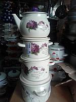 Набор из трех эмалированных кастрюль с чайником