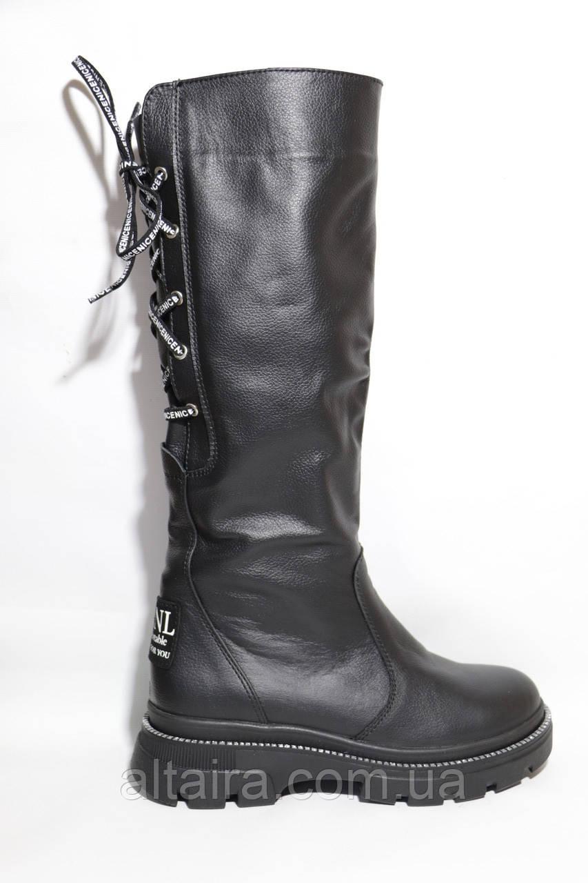 Жіночі зимові чоботи шкіряні, чорні на товстій підошві. Розміри 38, 39, 40