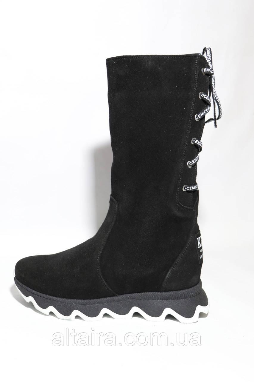 Жіночі зимові чорні чоботи з натуральної замші на товстій підошві.Розміри 37,39,40.
