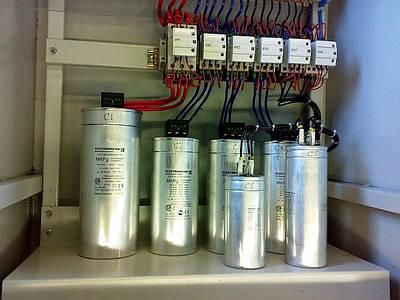 Устройства компенсации реактивной мощности УКРМ-0,4 кВ