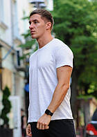 Светло-серая мужская футболка