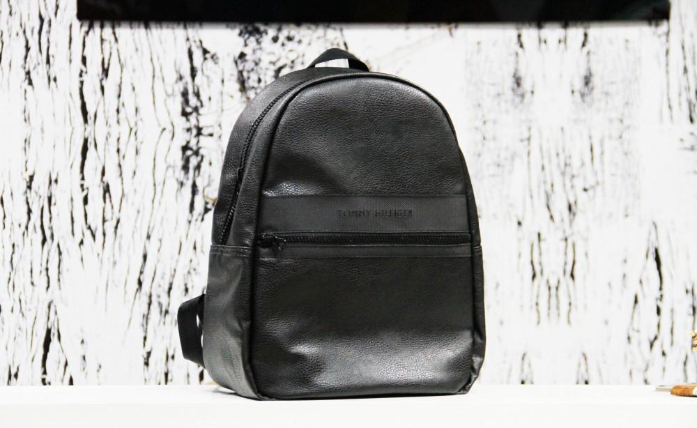 Рюкзак Tommy Hilfiger black