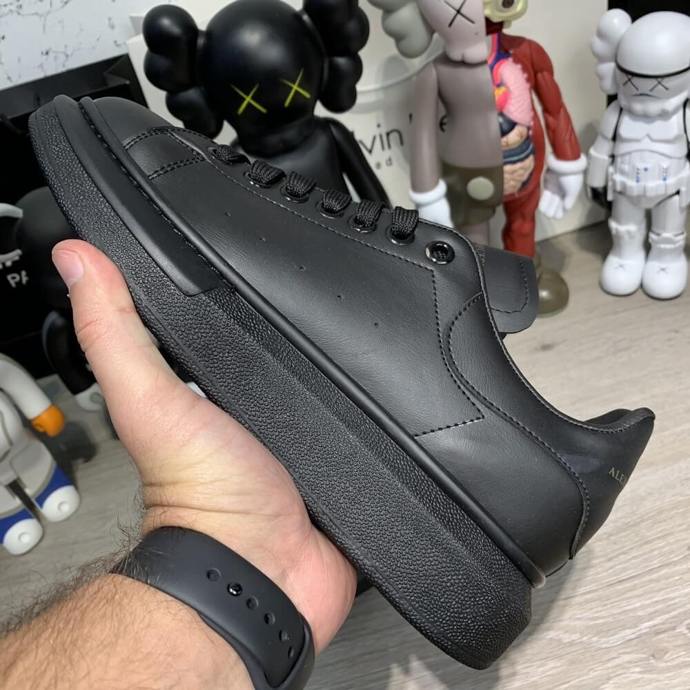 Кроссовки Alexandr McQueen Oversized Black