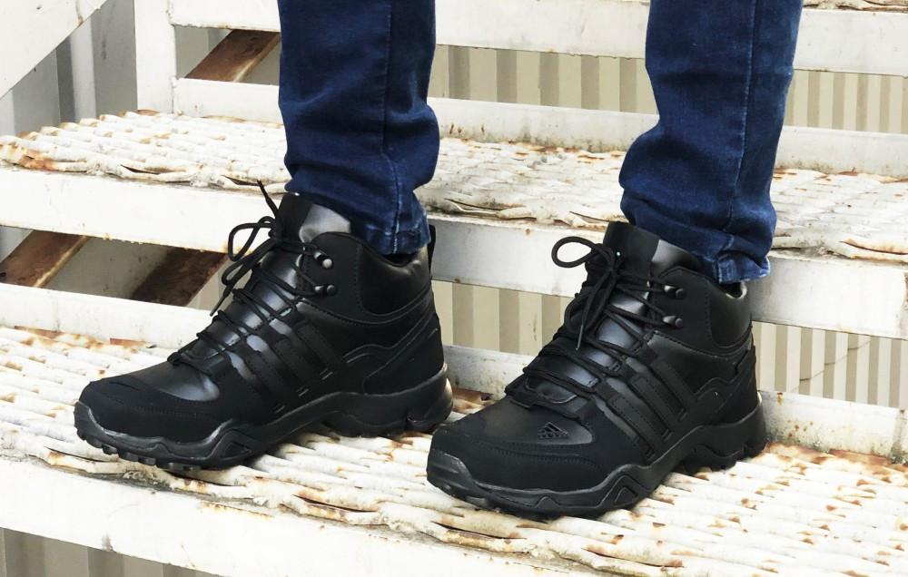 Зимние кроссовки Adidas black