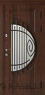 Двери входные металлические Адамант со стеклом и ковкой