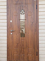 Двери входные металлические Лучия со стеклом и ковкой