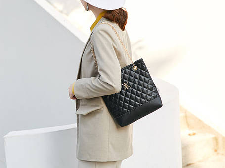 Стеганная женская сумка на цепочке, фото 2
