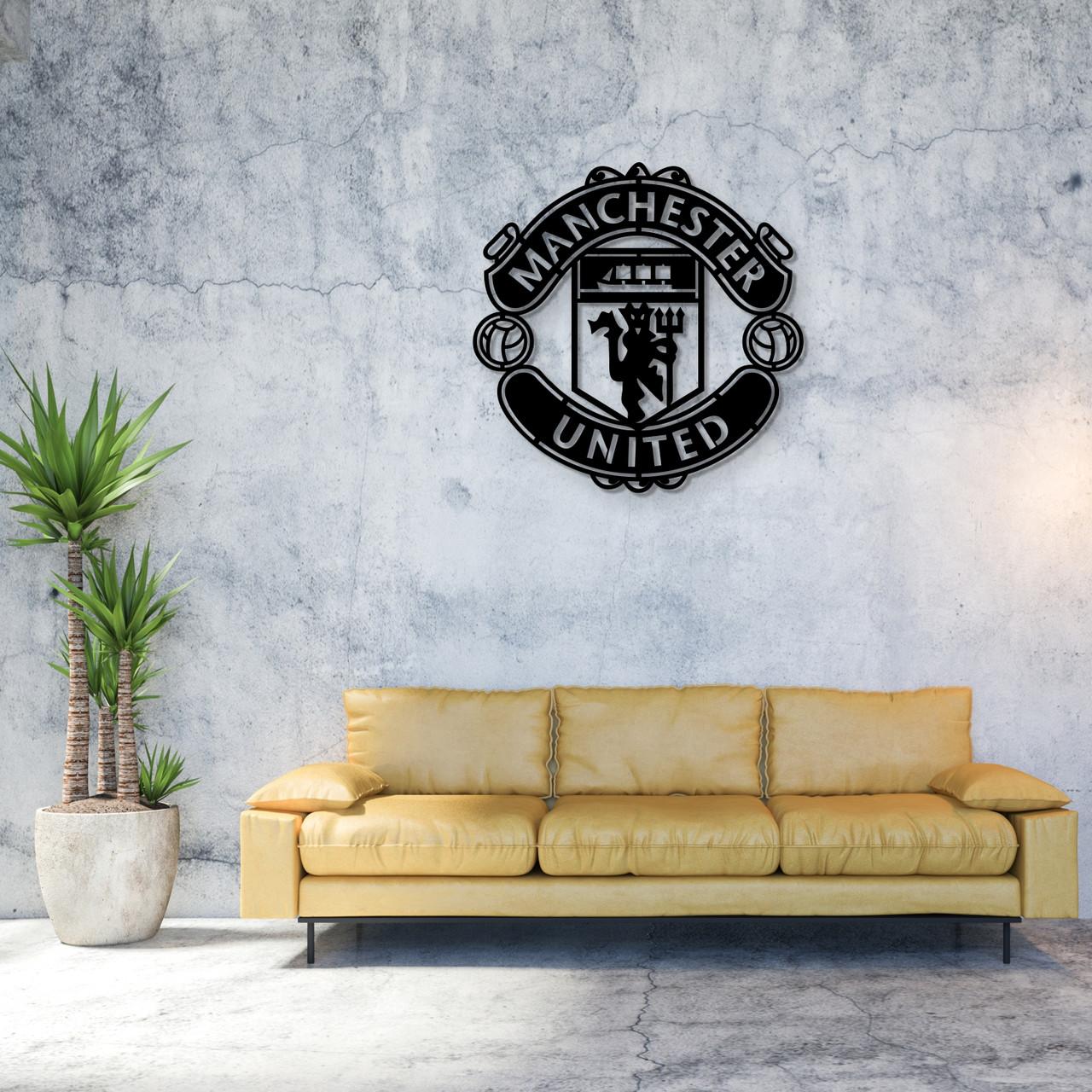 Настенная эмблема из дерева ФК «Манчестер Юнайтед»