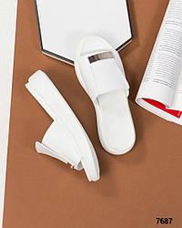 Женские белые босоножки-шлепки с декором натуральная кожа
