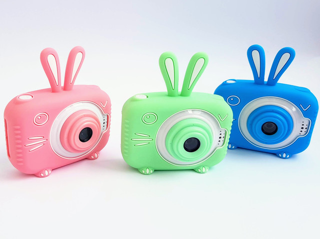 Серия стоячих фотиков с двумя камерами