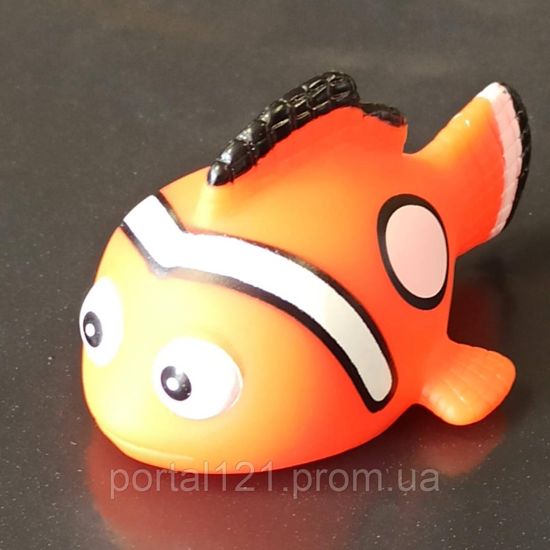 Игрушка для купания рыбка (мигающая)