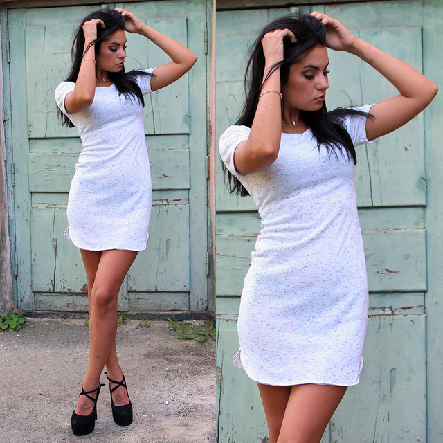 Модное женское платье-футболка