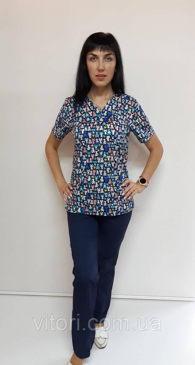 Женский медицинский хирургический костюм Котята на синем 52 размер