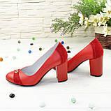 Туфли красные женские кожаные на высоком устойчивом каблуке, фото 3