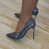 Туфлі сірі жіночі на каблуку
