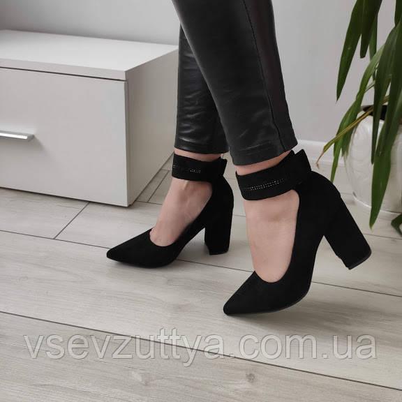 Туфли черные женские на каблуке екозамша 40р