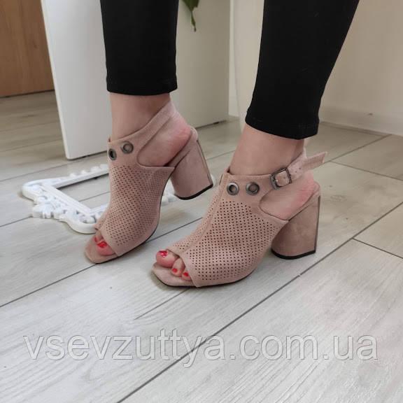 Босоножки женские на каблуке бежевые екозамша 36р
