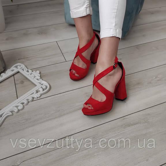 Босоножки женские красные на каблуке екозамша 37р